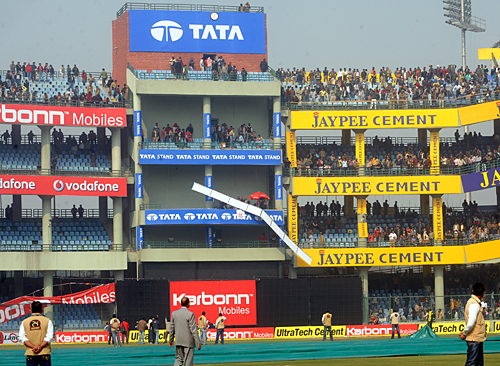 Delhi in danger to host their maiden T20 World Cup Semi-Final